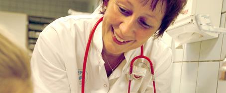 Der er altid brug for viden, især som sygeplejerske (foto viauc.dk)