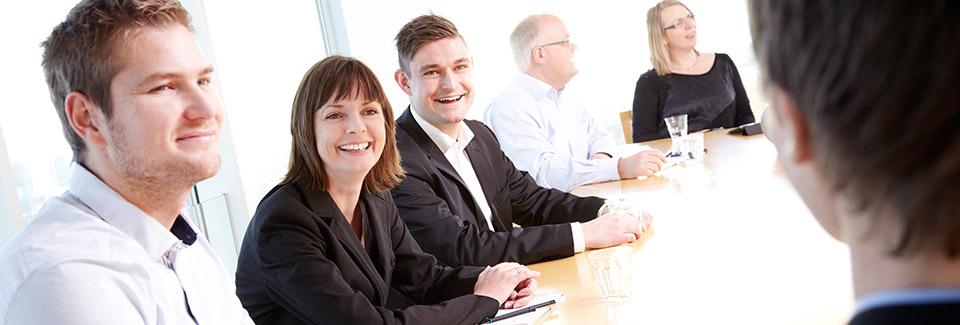 Uddannelse i ledelse er en god vej mod et godt job (foto hansentoft.dk)